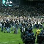 19 de mayo de 2007: los aficionados del Nantes invaden el campo ante el inminente descenso a Ligue 2