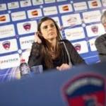 Helena Costa presentada con el Clermont