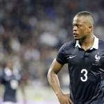 ¿Evra deja la selección francesa?