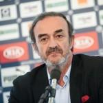 Triaud critica los fichajes de Cavani y Moutinho