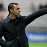 Echouafni, suspendido como técnico del Sochaux