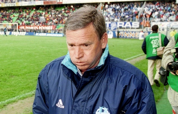 Javier-Clemente-Novembre-2000-à-Avril-2001-