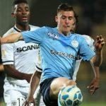 Santamaria firma por el Angers