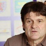 Didier Six podría suceder a Javier Clemente en Libia