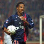 Ronaldinho regresará al Parc des Princes