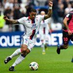 Depay lanza un reto a Neymar