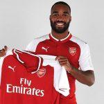 Lacazette conoce su dorsal en el Arsenal