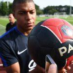¿En qué posición jugará Mbappé en el PSG?