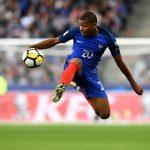 Mbappé conoce su dorsal en el PSG