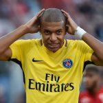 ¿Se siente cómodo Mbappé de '9'?