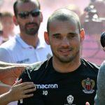 Sneijder podría abandonar el Niza este invierno