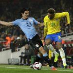 Mal rollo entre Cavani y Neymar en el Brasil – Uruguay