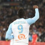 OM 1-0 Niza: Suman y siguen, el Marsella y Balotelli
